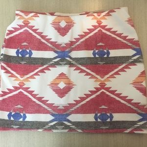 ZARA TRAFALUC Aztec Tribal Mini Skirt Sz Medium